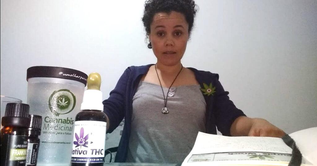 Francislaine Assis, paciente que trata a fibromialgia com cannabis