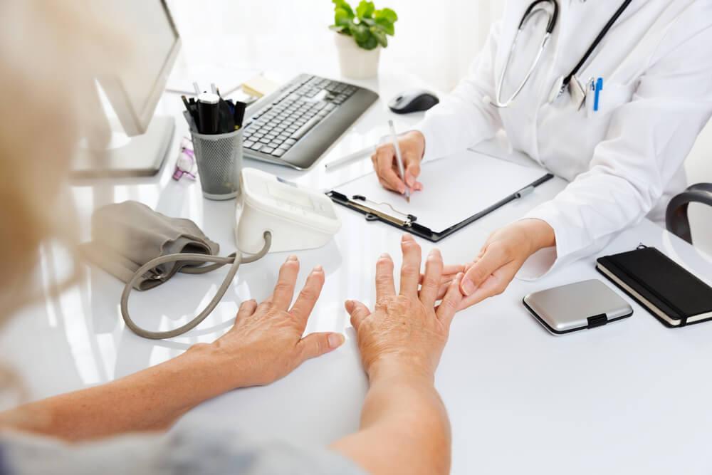 artrite sintomas por que eu tenho