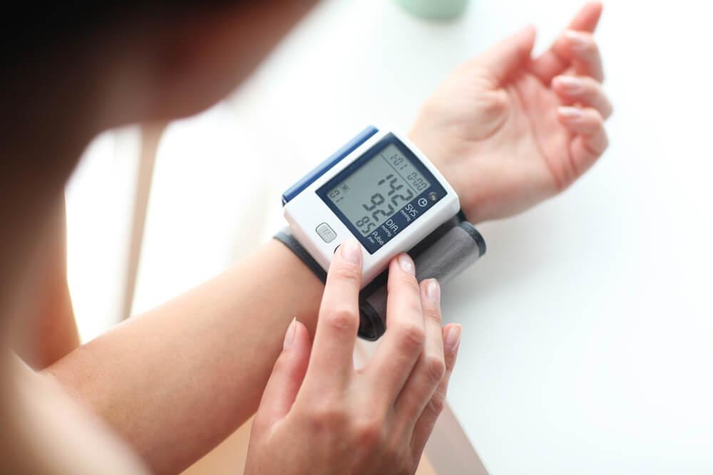 hipertensão arterial quais exames sao realizados para diagnosticar