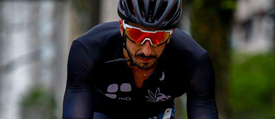 Fernando Paternostro durante a prova de ciclismo do Troféu Brasil de Triathlon (Arquivo Pessoal)