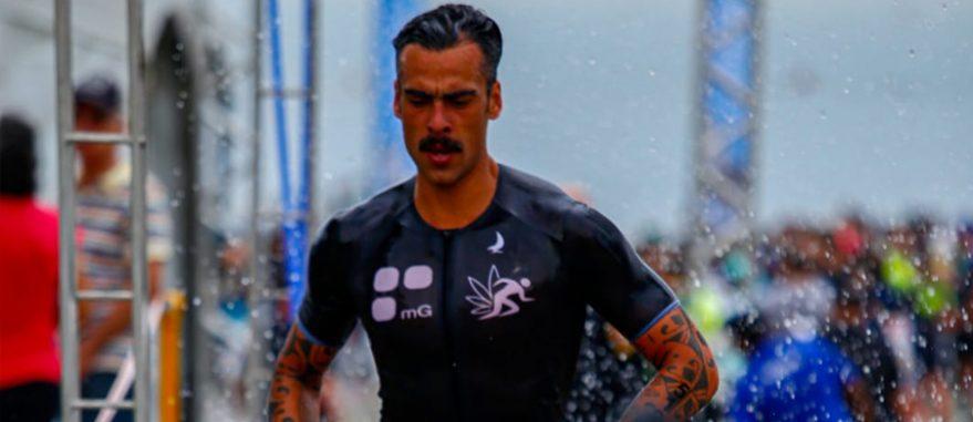 Peu Guimaraes durante o short triatlo nas ruas de Santos (Arquivo Pessoal)